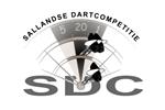 Logo van aangesloten dartsbond: Sallandse Dart Competitie